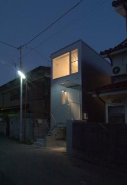 house 丁 (夜景)