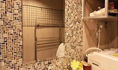 渋谷区  ヴィンテージ感溢れるデザインと快適性の両立 (洗面室)