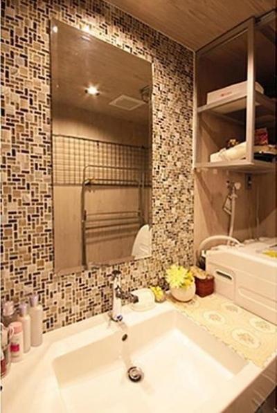 洗面室 (渋谷区  ヴィンテージ感溢れるデザインと快適性の両立)