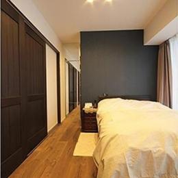 渋谷区  ヴィンテージ感溢れるデザインと快適性の両立 (寝室)