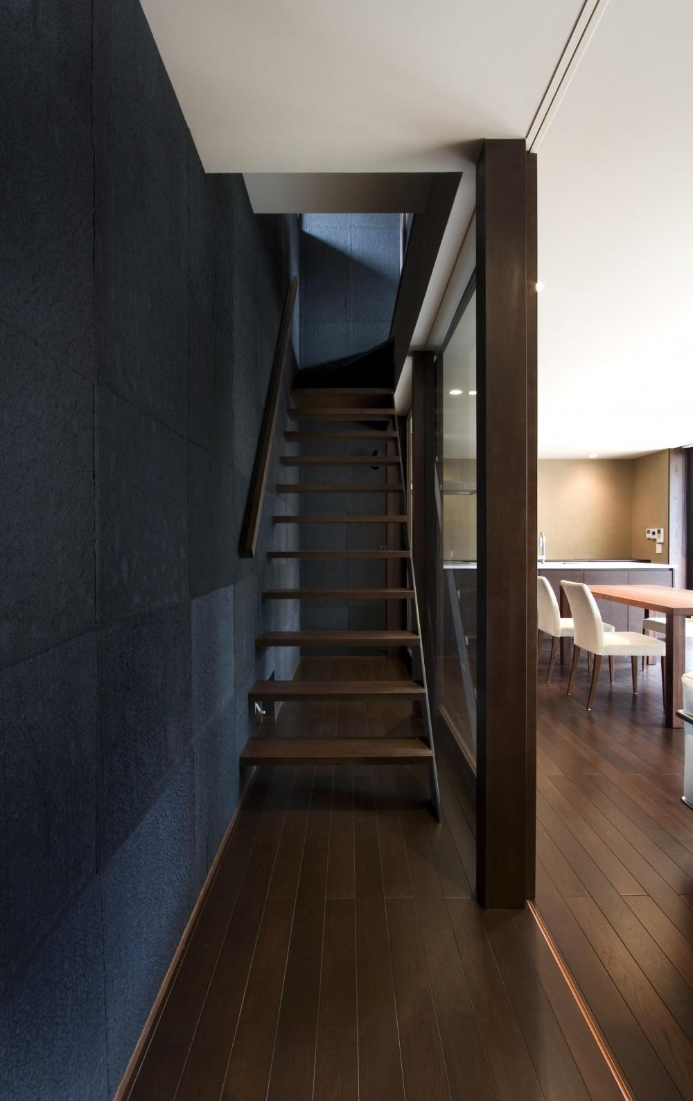 和モダンの家 (階段)