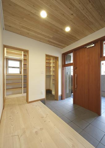 浜寺公園の家の写真 広々玄関