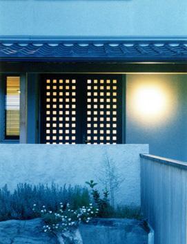 朝日町のSOHOの部屋 玄関-夕景