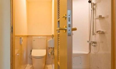 2階-WC&シャワーユニットルーム(撮影:幸田青滋)|花游雲月亭(大谷邸)