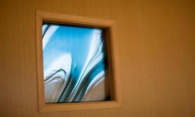ドアのステンドグラス(撮影:幸田青滋) 花游雲月亭(大谷邸)