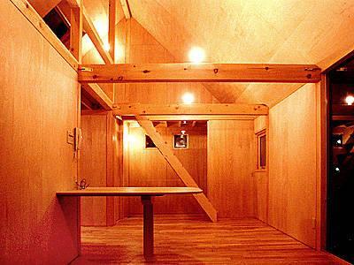 T-BOXの部屋 3階-ロフトの階段