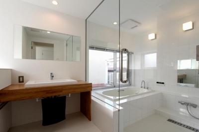 浴室 (東長町の家)
