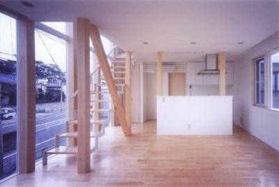 階段の家 (リビングダイニング)