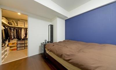 ベッドルーム|色と遊び心ありの18帖リビング