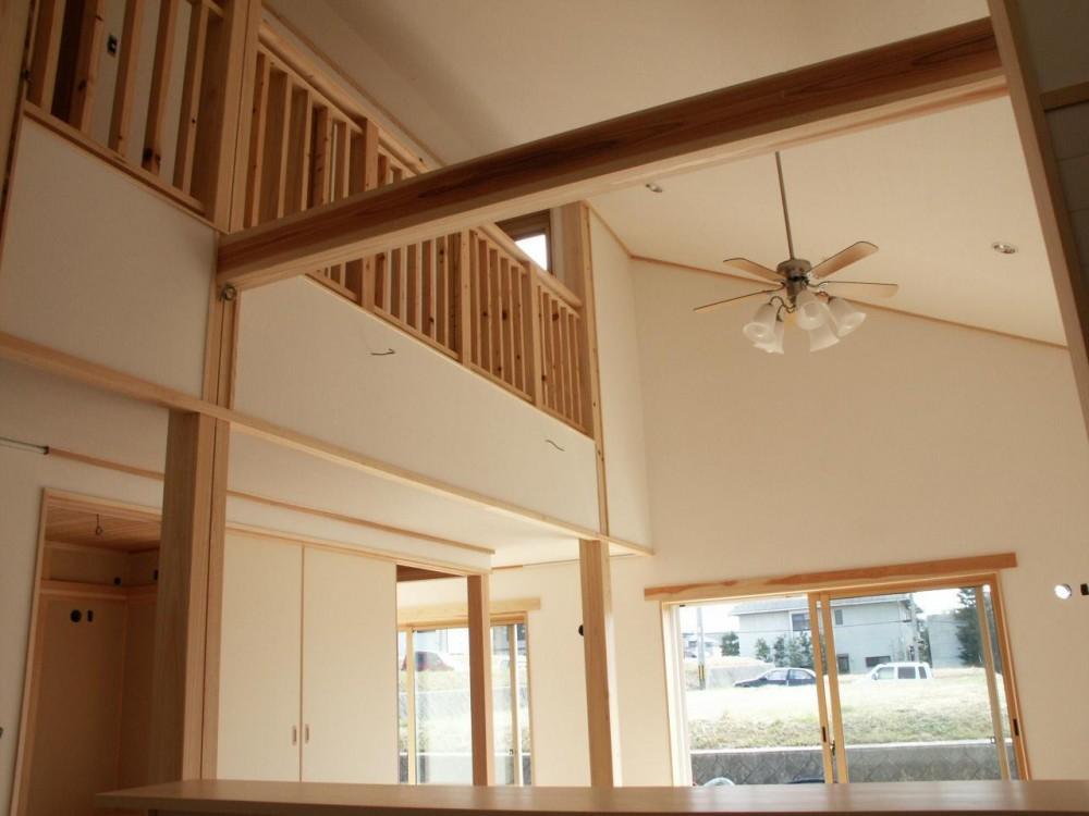 富田林の家 (斜め天井)
