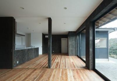 子世帯キッチン・ダイニング(撮影:Y.Harigane) (鳥栖の住宅01)