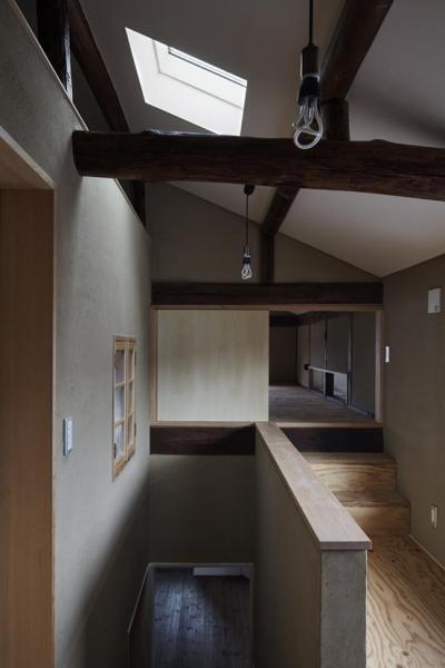 2階ホール2 (Hazukashi house)