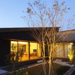 見沼の家「大地を感じる住まい」