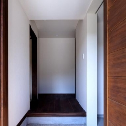 シンプルシックな玄関 (長門の家  House In Nagato)