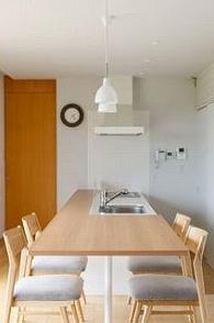 大きなオリーブの家の部屋 ナチュラルダイニングキッチン