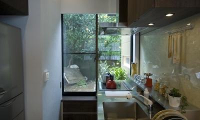 キッチン|ビフォーアフターで放送された和モダンリノベーション/重くて遠い家