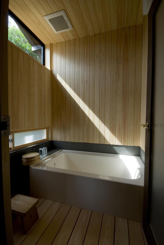 ビフォーアフターで放送された和モダンリノベーション/重くて遠い家 (浴室)