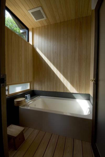 浴室 (ビフォーアフターで放送された和モダンリノベーション/重くて遠い家)