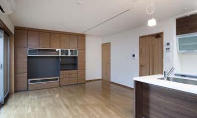 広々LDK|ワークスペースのある二世帯住宅