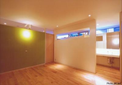ベッドルーム-A(撮影:JIKUart) (HOUSE O+U)