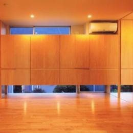 HOUSE O+U (ベッドルーム-B1(撮影:JIKUart))