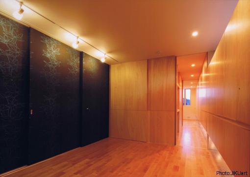 HOUSE O+Uの写真 ベッドルーム-B2(撮影:JIKUart)