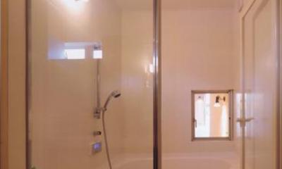 HOUSE O+U (浴室(撮影:JIKUart))