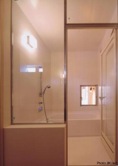 浴室(撮影:JIKUart) (HOUSE O+U)
