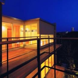 HOUSE O+U (二世帯住宅の空間のつながり4(撮影:JIKUart))