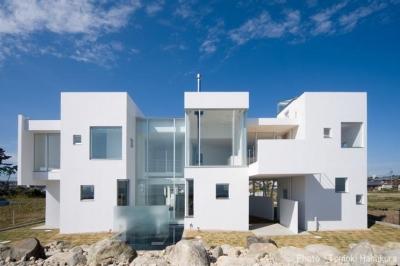 O house (海に臨む家) (外観2)