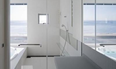 お風呂|O house (海に臨む家)