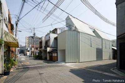 外観 (H house (狭小地の住宅))