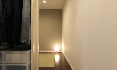 寝室/WIC|シンプルのなかの自然素材