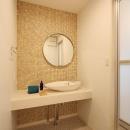 シンプル素朴な洗面所