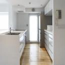 白を基調としたシンプルクールな家