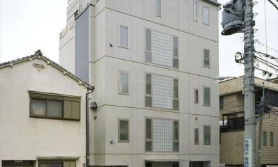 HOUSE+5 (スタイリッシュな外観)