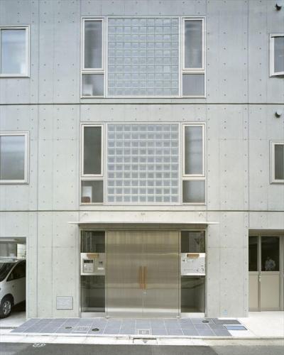 共用部分玄関 (HOUSE+5)