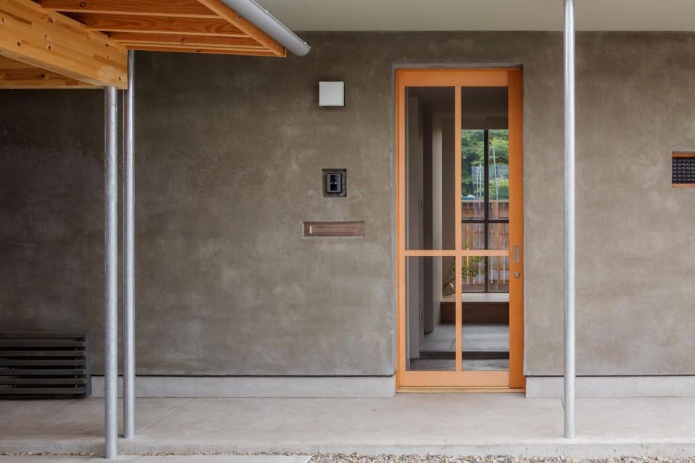 奈坪の家 (玄関)