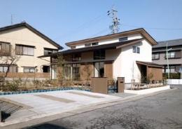 植田の家 VI (和モダンな外観(撮影:車田写真事務所))