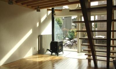 Bookshelf (薪ストーブのある土間)