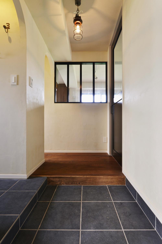 U邸・全面リフォーム!家族が快適に暮せる住まいの部屋 玄関