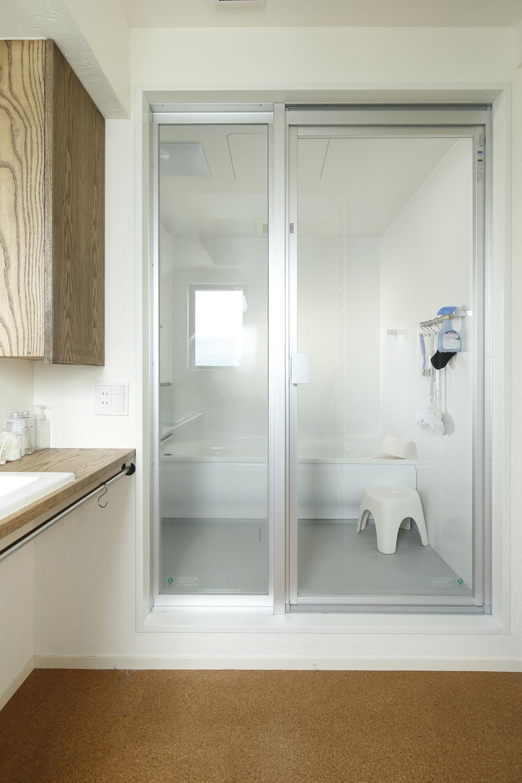 U邸・全面リフォーム!家族が快適に暮せる住まいの部屋 浴室