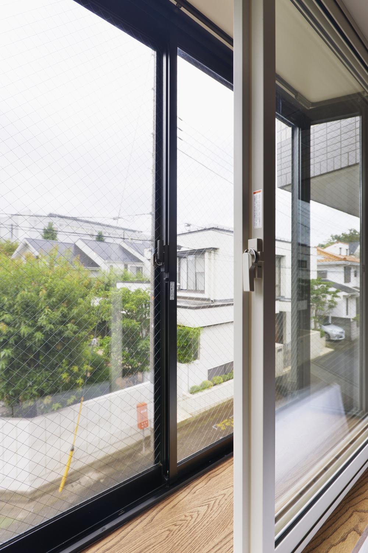 U邸・全面リフォーム!家族が快適に暮せる住まいの部屋 内窓