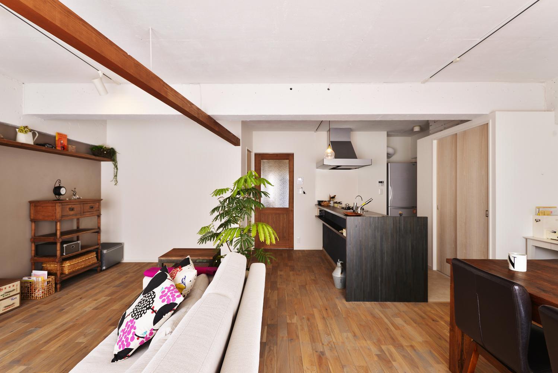 O邸・間取りを再構築!デッドスペースを活用した開放的な住まい (LDK-2)