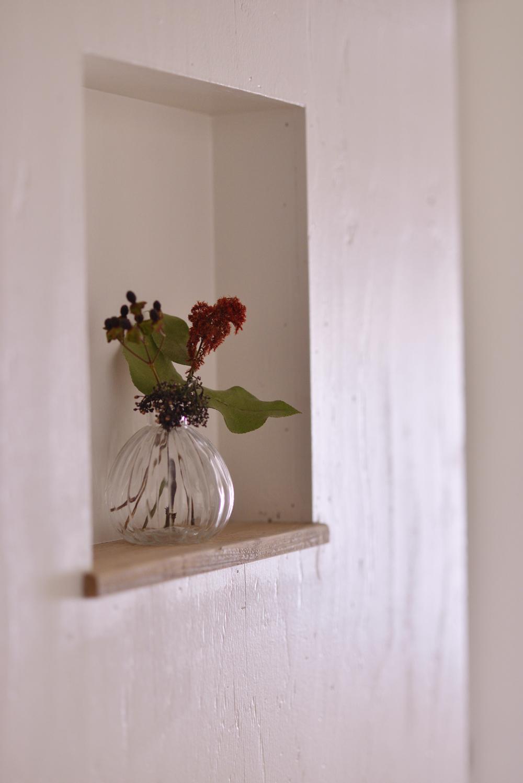 O邸・間取りを再構築!デッドスペースを活用した開放的な住まいの写真 ニッチ(飾り棚)