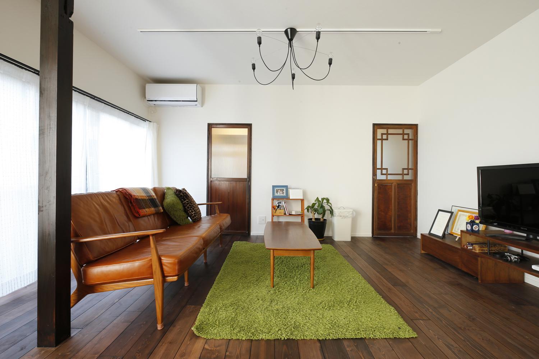 Y邸・昔懐かしい昭和時代のレトロな住まいの写真 リビング