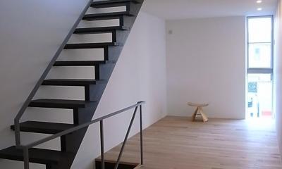 神楽坂の家 (細長いリビング)
