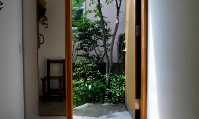 石神井台の家 (玄関)