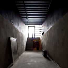 多目的な玄関土間(撮影:傍島利浩)