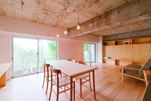 house TA (リビングダイニング1(撮影:RYOHEI HAMADA))